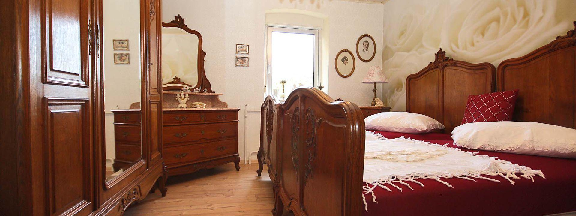 Charming Schlafzimmer Bild Antik #9: Schlafzimmer Antik | Jtleigh - Hausgestaltung Ideen, Schlafzimmer