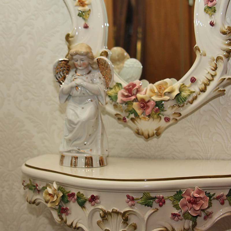 Schlafzimmer antik - Antik la Flair - Antike Möbel und Antiquitäten ...