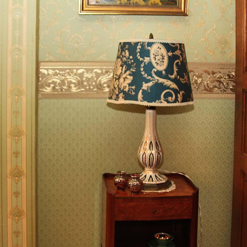 Möbel wohnzimmer antik  Wohnzimmer antik - Antik la Flair - Antike Möbel und Antiquitäten ...