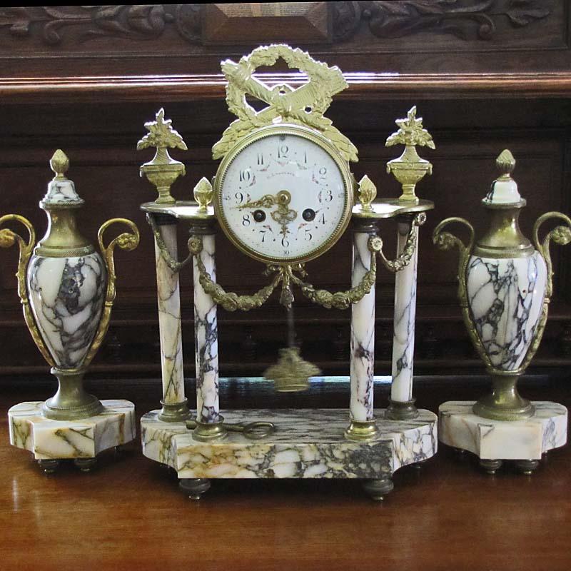 wohnzimmer uhren antik:Uhren antik – Antik la Flair – Antike Möbel und Antiquitäten